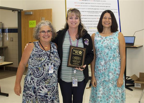 Hunters Creek Elementary is recognized for 100 percent participation