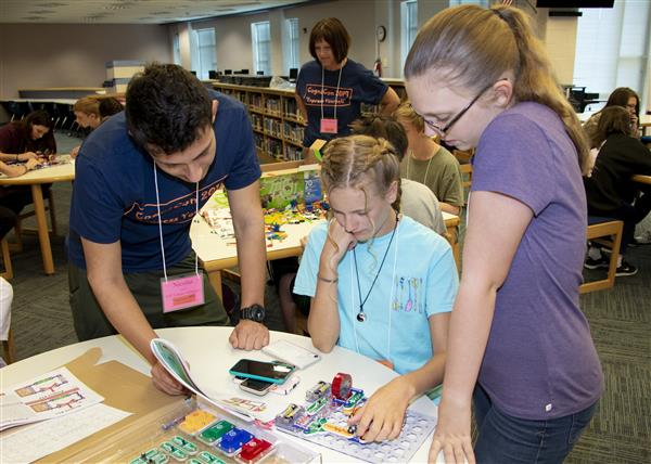 CogniCon campers work on their STEM projects