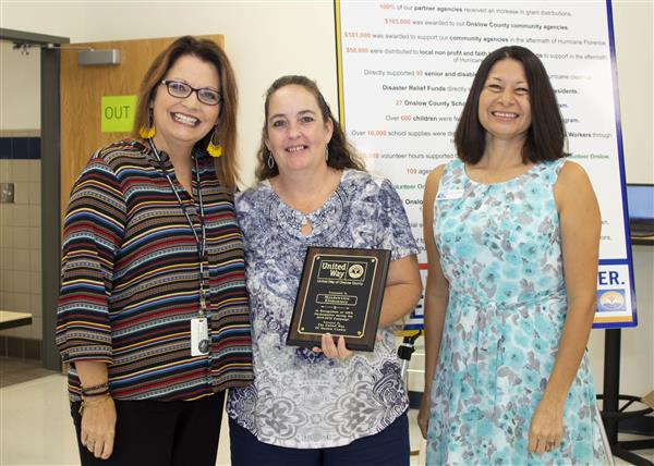 Meadow View Elementary is recognized for 100 percent participation